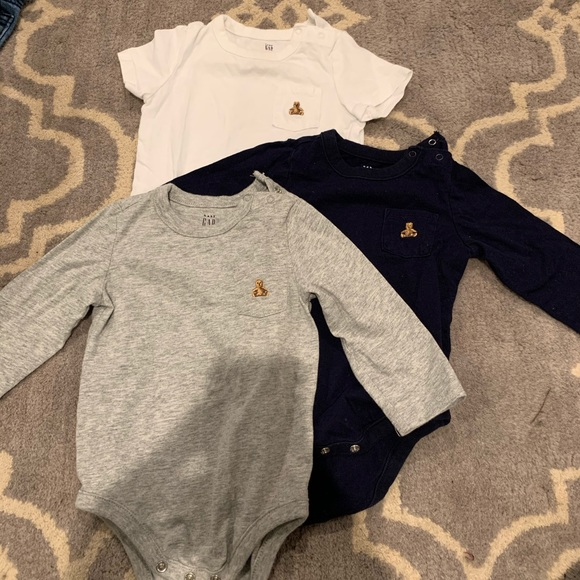 GAP Other - Baby gap basic onesies